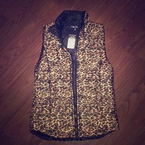NWT Rue 21 Leopard Print Puffer Vest